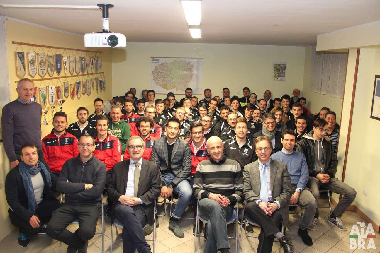 La sezione di Bra insieme al presidente regionale Luigi Stella durante la sua seconda Rto nel 2018